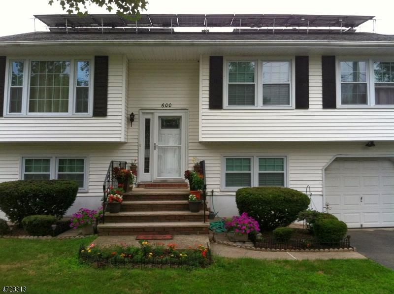 Single Family Home for Sale at 600 Mohawk Avenue Lake Hiawatha, 07034 United States