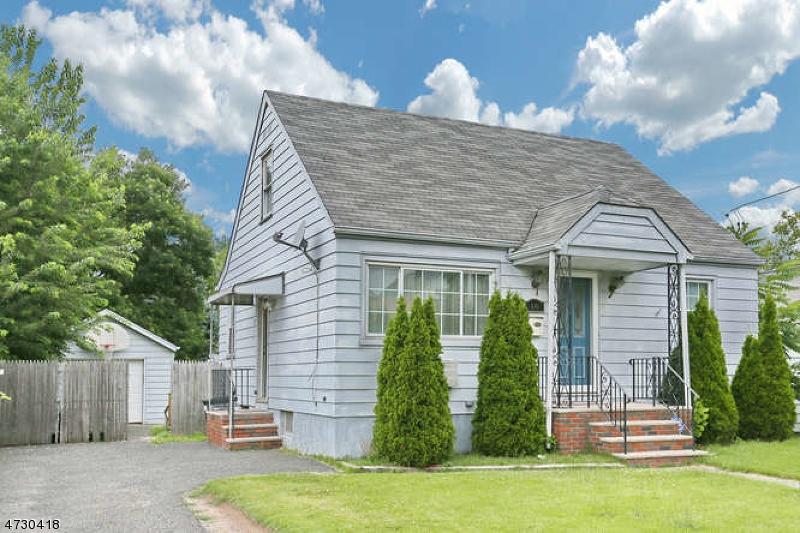 Casa Unifamiliar por un Venta en 10 Oak Grove Avenue Lodi, Nueva Jersey 07644 Estados Unidos