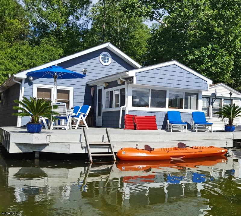 Частный односемейный дом для того Продажа на 758 W Mountain Road Sparta, Нью-Джерси 07871 Соединенные Штаты