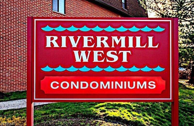 Casa Unifamiliar por un Alquiler en 9 Montgomery St, U-A1 Belleville, Nueva Jersey 07109 Estados Unidos