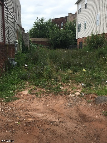Additional photo for property listing at 91 Ridgewood Avenue  Newark, New Jersey 07108 United States