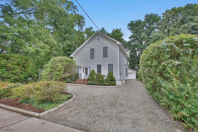 Casa Unifamiliar por un Venta en 355 Hillsdale Avenue Hillsdale, Nueva Jersey 07642 Estados Unidos