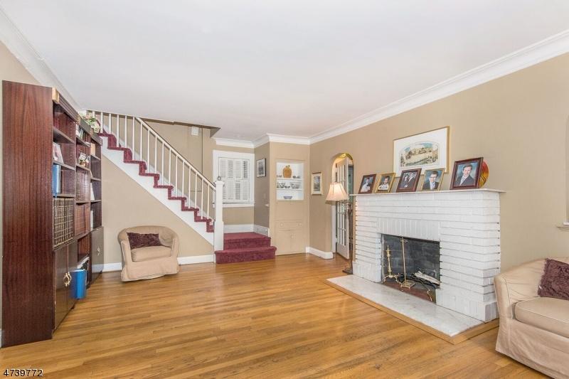 Additional photo for property listing at 384 Terhune Avenue  Passaic, 新泽西州 07055 美国