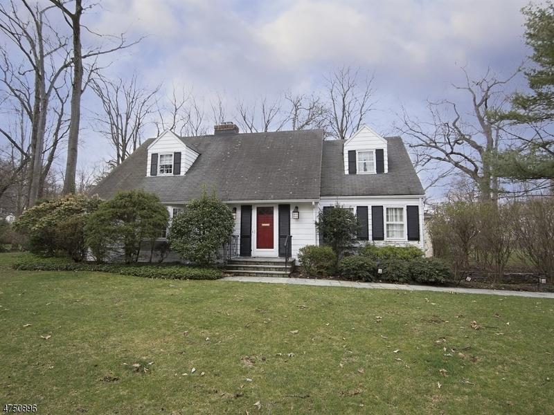 Eensgezinswoning voor Verkoop een t 41 Dellwood Avenue 41 Dellwood Avenue Chatham, New Jersey 07928 Verenigde Staten