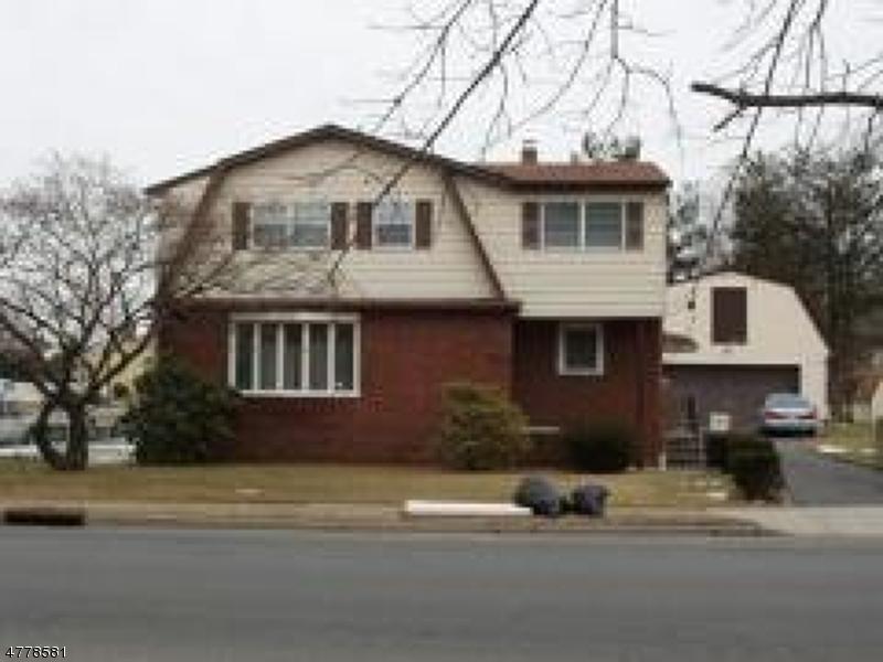 Casa Multifamiliar por un Venta en Address Not Available Saddle Brook, Nueva Jersey 07663 Estados Unidos