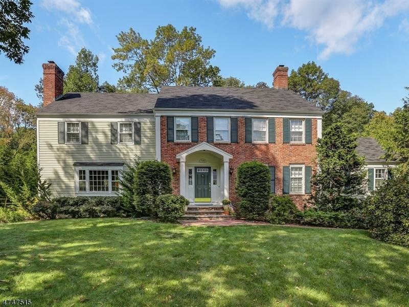 独户住宅 为 销售 在 114 Westminster Road 查塔姆, 新泽西州 07928 美国