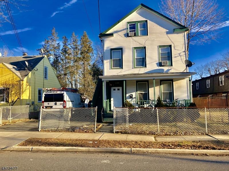 Villa per Vendita alle ore 8 HALEY Street Freehold, New Jersey 07728 Stati Uniti
