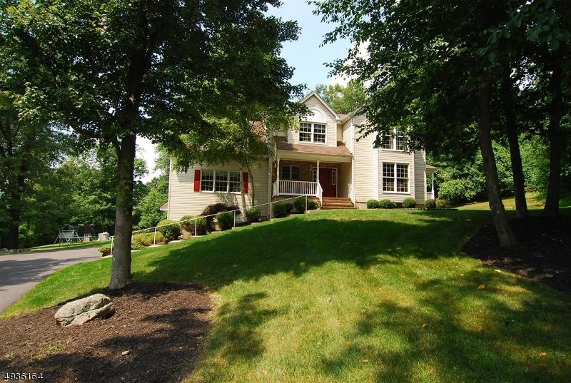 Single Family Homes por un Venta en Allamuchy, Nueva Jersey 07840 Estados Unidos