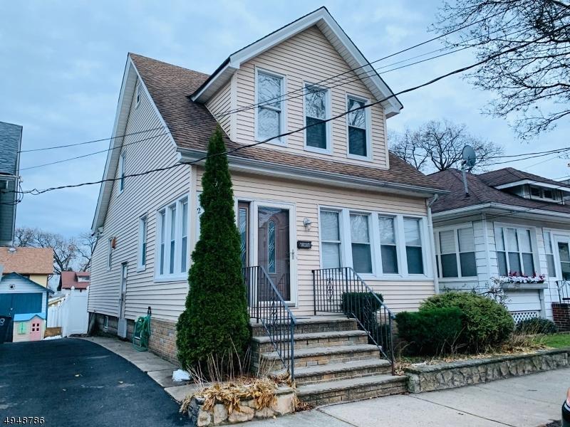 Property por un Alquiler en Belleville, Nueva Jersey 07109 Estados Unidos