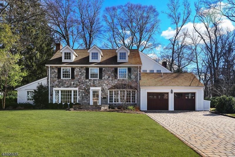 Single Family Homes для того Продажа на Westfield, Нью-Джерси 07090 Соединенные Штаты