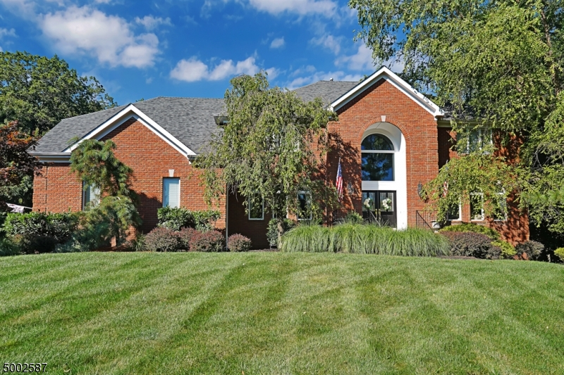Single Family Homes pour l Vente à Bridgewater, New Jersey 08807 États-Unis