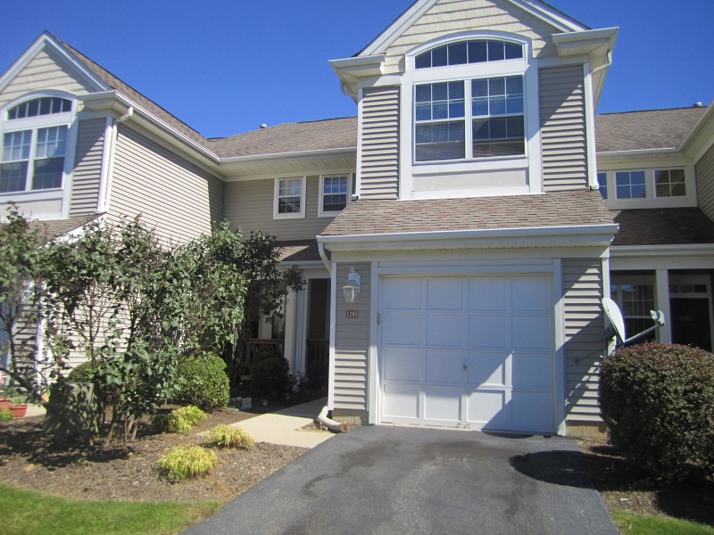 Additional photo for property listing at 1105 Highland Court  Lopatcong, 新泽西州 08886 美国
