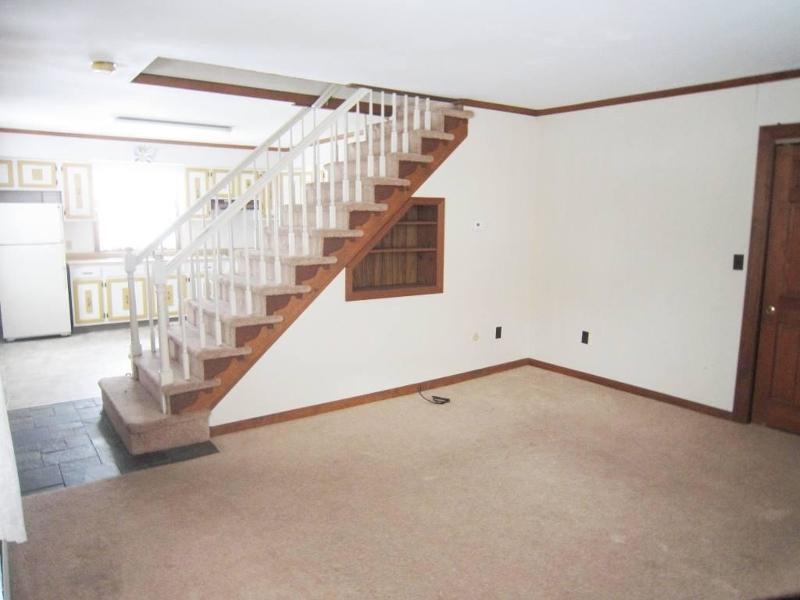 Additional photo for property listing at 314 Wertsville Road  Ringoes, Нью-Джерси 08551 Соединенные Штаты