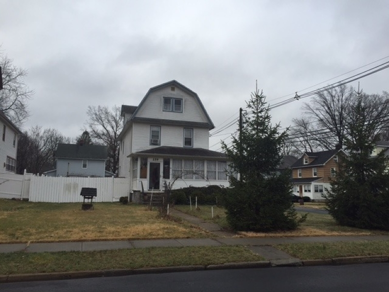 Single Family Home for Sale at 259 W 4th Avenue Roselle, New Jersey 07203 United States