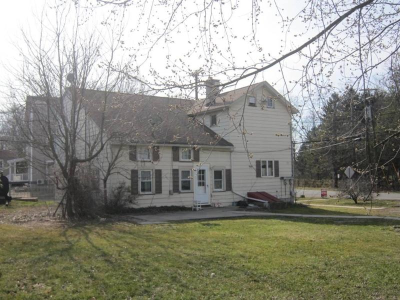 Многосемейный дом для того Продажа на 314 Wertsville Road Ringoes, Нью-Джерси 08551 Соединенные Штаты