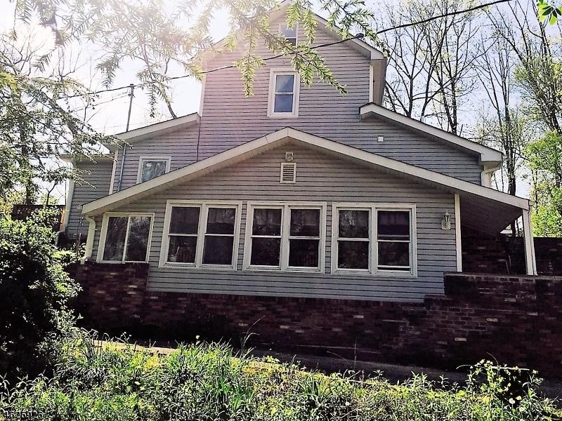 Maison unifamiliale pour l Vente à 7 DECKER HILL Road Branchville, New Jersey 07826 États-Unis