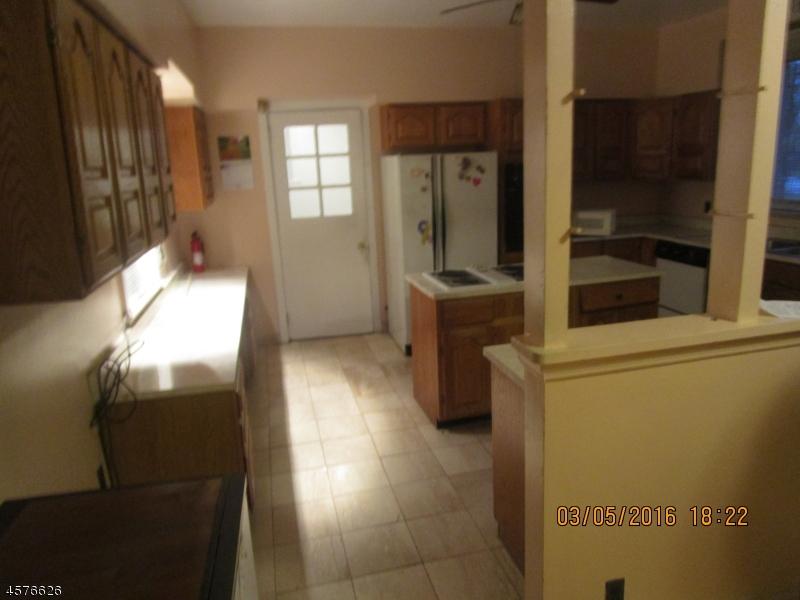 Additional photo for property listing at 725-731 ELIZABETH Avenue  Newark, Нью-Джерси 07112 Соединенные Штаты