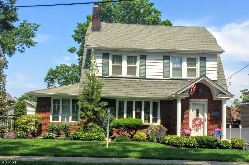 Single Family Home for Sale at 20 Hillcrest Avenue Clifton, New Jersey 07013 United States