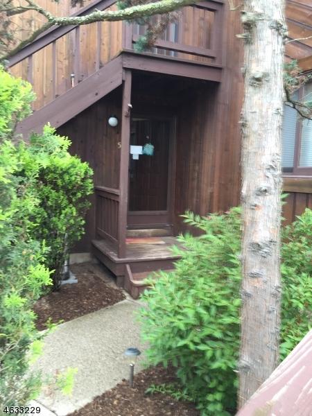Casa Unifamiliar por un Venta en Address Not Available Vernon, Nueva Jersey 07462 Estados Unidos
