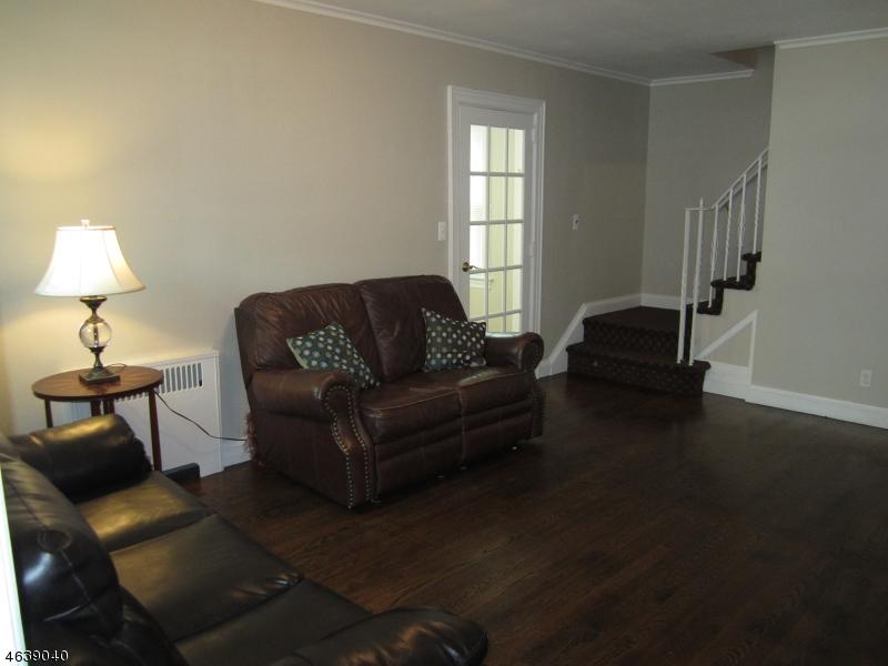 Additional photo for property listing at 357 South Pkwy  Clifton, Нью-Джерси 07014 Соединенные Штаты