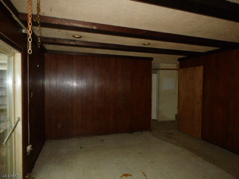 Additional photo for property listing at 19 Ogden Place  Parsippany, New Jersey 07054 États-Unis