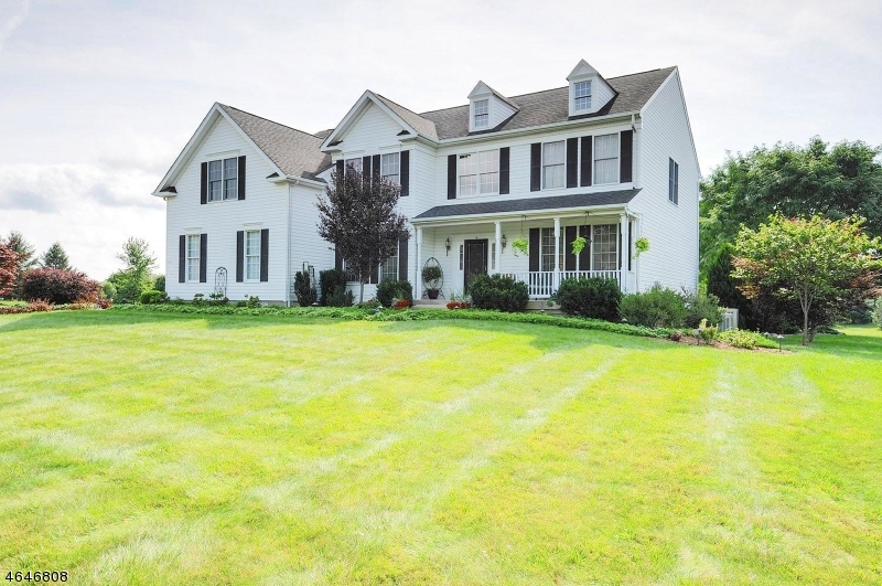 Additional photo for property listing at 5 SURRY Lane  Asbury, Nueva Jersey 08802 Estados Unidos