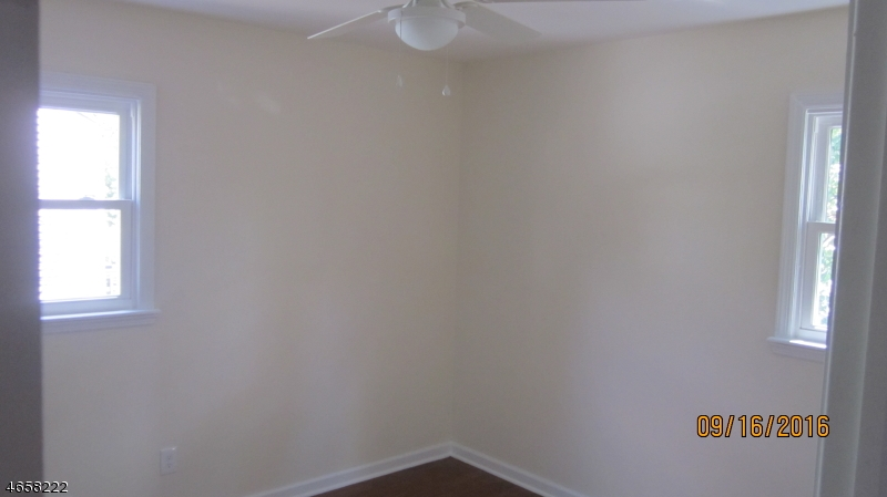 Additional photo for property listing at 35 Barber Blvd  South Bound Brook, New Jersey 08880 United States