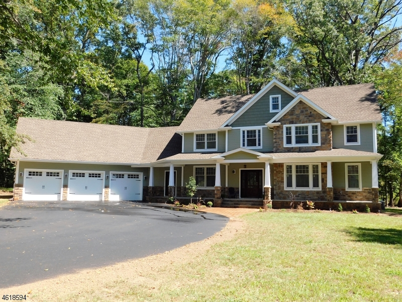 Частный односемейный дом для того Продажа на 675 PITTSTOWN BLOOMSBURY Road Pittstown, Нью-Джерси 08867 Соединенные Штаты