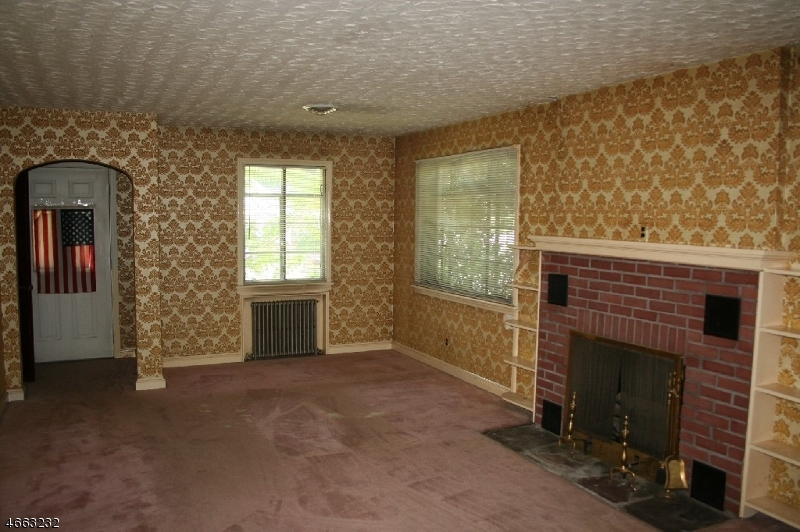 Additional photo for property listing at 67 James Ter  Pompton Lakes, Нью-Джерси 07442 Соединенные Штаты