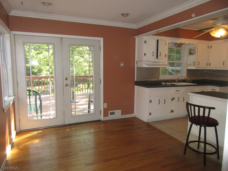 Additional photo for property listing at 26 Riverside Drive  Denville, New Jersey 07834 États-Unis
