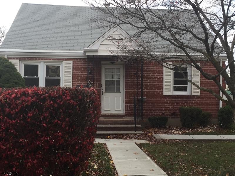 独户住宅 为 出租 在 105 4th Street 爱迪生, 新泽西州 08837 美国