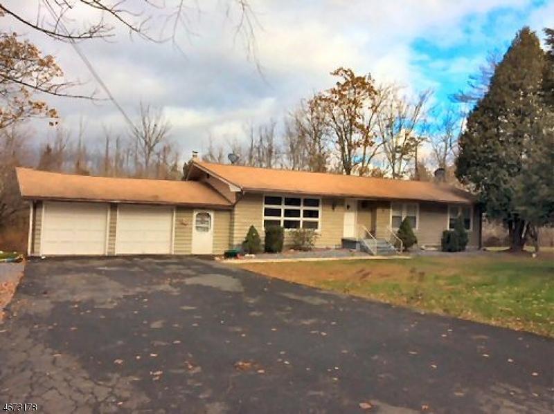 Частный односемейный дом для того Аренда на 852 State Route 94 Blairstown, Нью-Джерси 07825 Соединенные Штаты