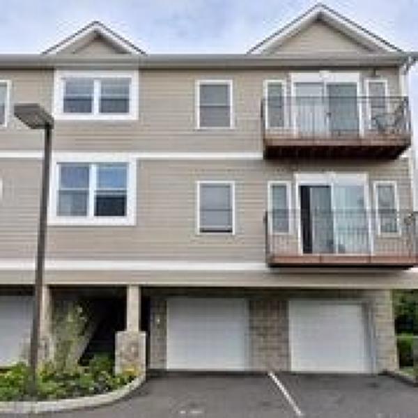 Casa Unifamiliar por un Alquiler en 333 CARLISLE Avenue Paterson, Nueva Jersey 07501 Estados Unidos