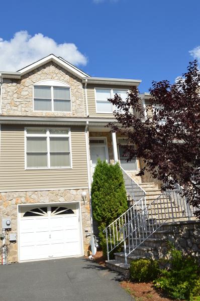 独户住宅 为 出租 在 51 Autumn Ridge Road 莫里斯平原, 新泽西州 07950 美国
