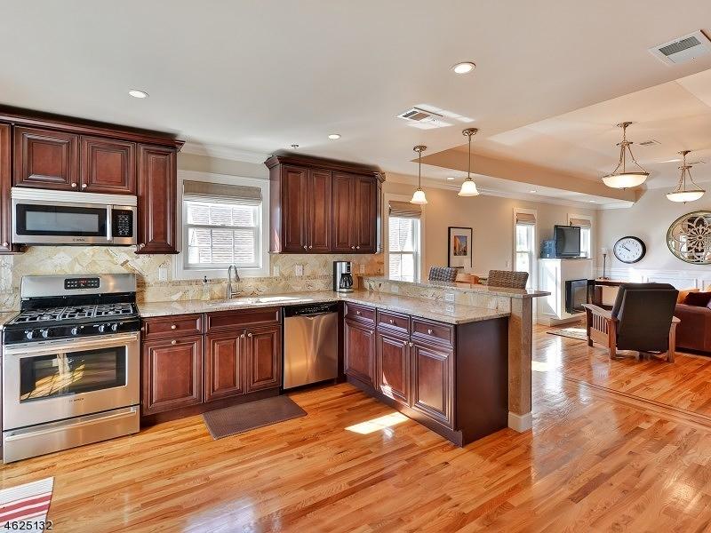 Частный односемейный дом для того Аренда на 14 Elmer St Unit 3B Madison, 07940 Соединенные Штаты