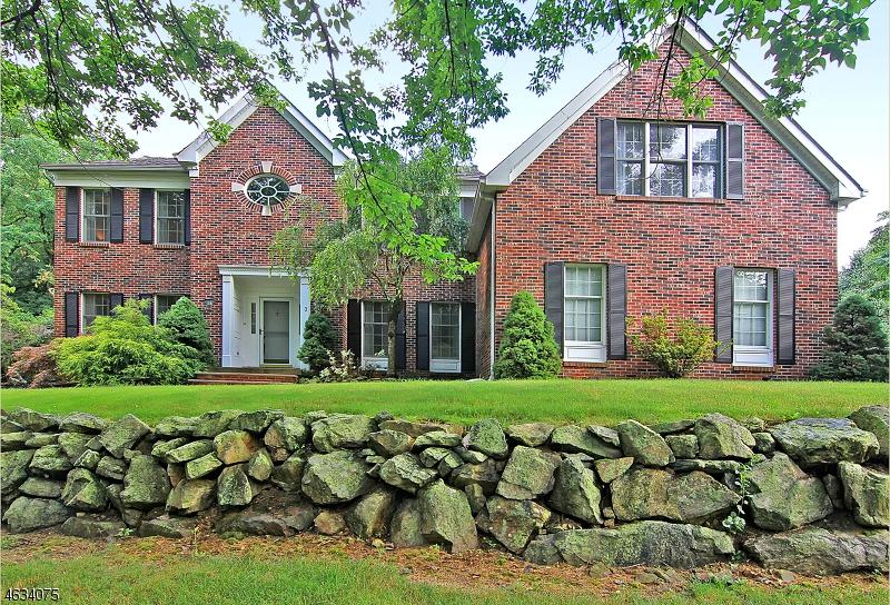 Single Family Home for Sale at 3 Farrow Lane Asbury, 08802 United States