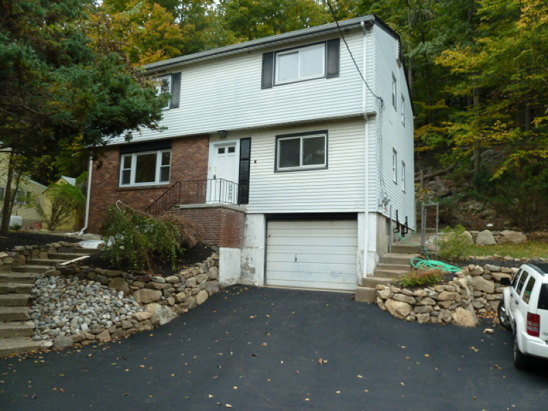 Single Family Home for Rent at 438 Macopin Road West Milford, New Jersey 07480 United States