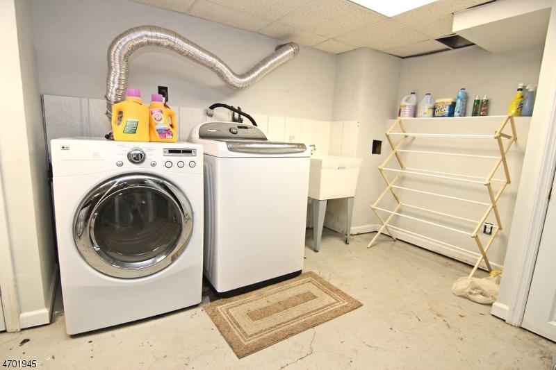 Additional photo for property listing at 272-274 FOREST Street  Belleville, Нью-Джерси 07109 Соединенные Штаты