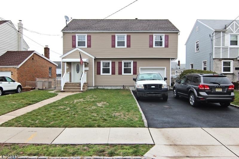 Частный односемейный дом для того Продажа на 272-274 FOREST Street Belleville, Нью-Джерси 07109 Соединенные Штаты