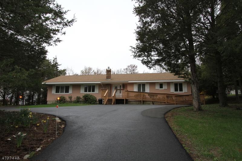 Casa Unifamiliar por un Venta en 103 Statesville Quarry Road Lafayette, Nueva Jersey 07848 Estados Unidos