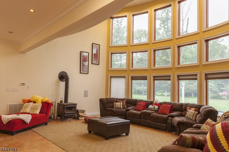 Additional photo for property listing at 21 Knollwood Drive  Woodbridge, Nueva Jersey 07067 Estados Unidos