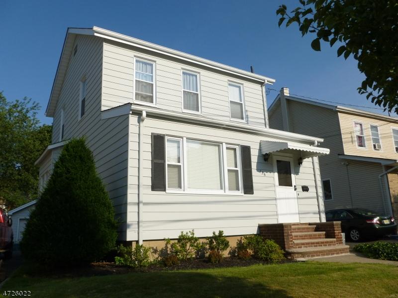 Einfamilienhaus für Verkauf beim 136 Garden Avenue 136 Garden Avenue Belleville, New Jersey 07109 Vereinigte Staaten