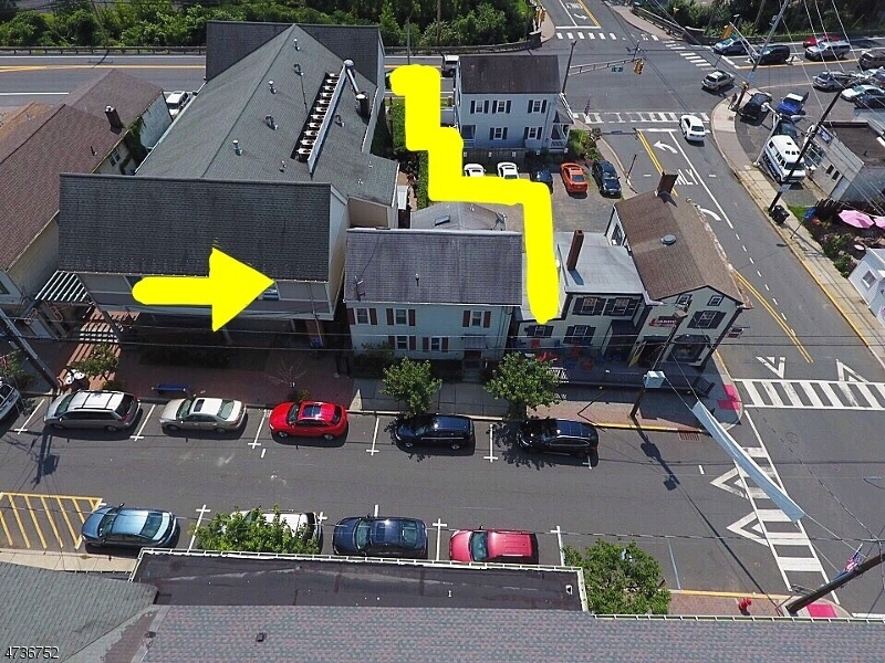 Commercial for Sale at 4 E Main Street 4 E Main Street Clinton, New Jersey 08809 United States