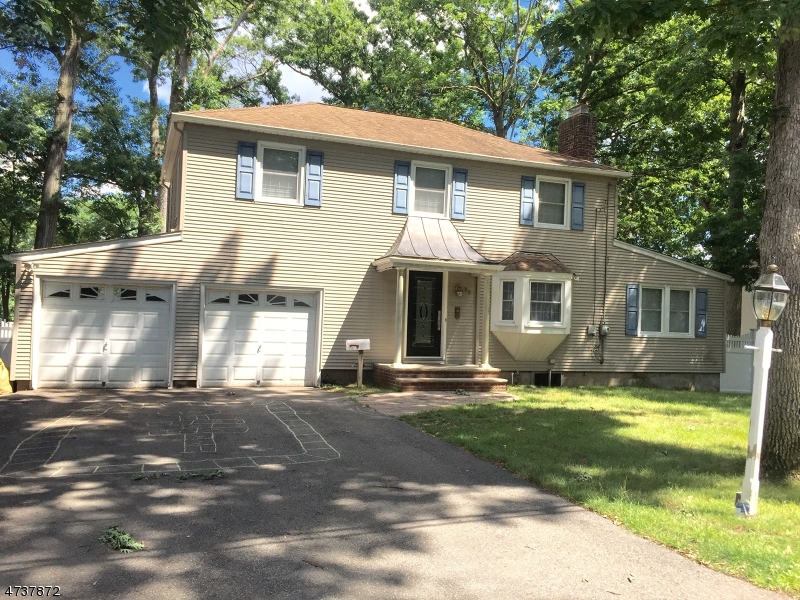Single Family Home for Rent at 60 Beechwood Drive Wayne, New Jersey 07470 United States