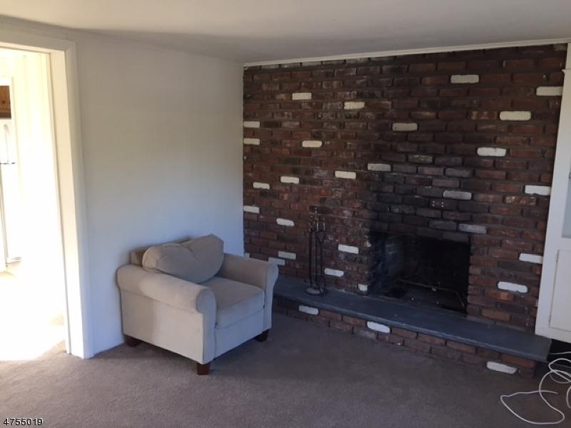 Частный односемейный дом для того Аренда на 27 Evans Place Pequannock, Нью-Джерси 07444 Соединенные Штаты