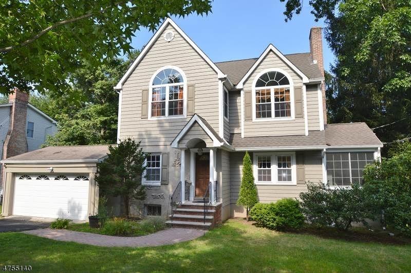 Частный односемейный дом для того Аренда на 99 Ridgedale Avenue Florham Park, Нью-Джерси 07932 Соединенные Штаты