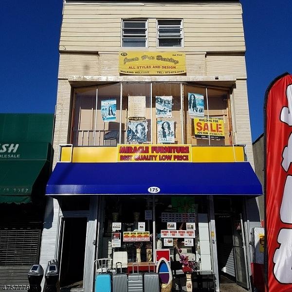 Commercial pour l Vente à Address Not Available Orange, New Jersey 07050 États-Unis