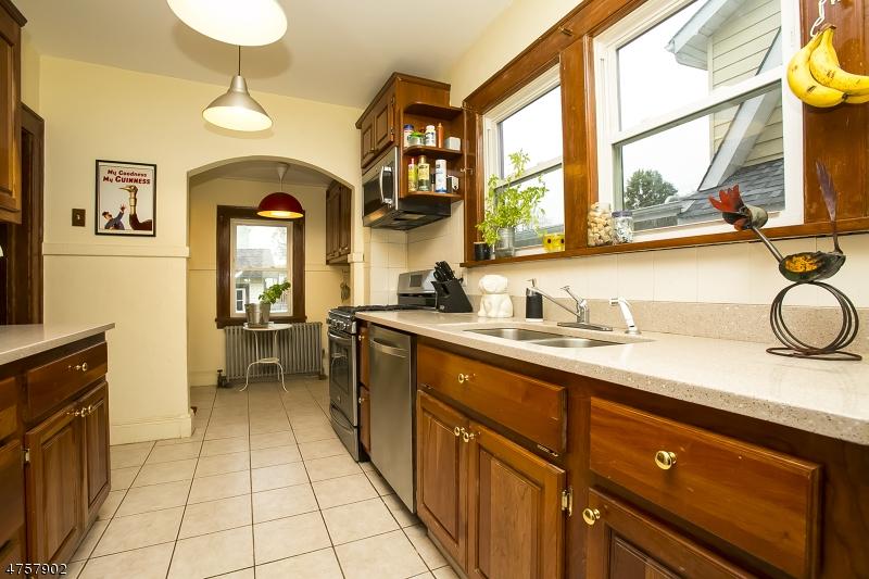 Частный односемейный дом для того Аренда на 93 Mill Street Bloomfield, Нью-Джерси 07003 Соединенные Штаты