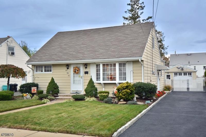 独户住宅 为 销售 在 151 Oxford Avenue 德尔布鲁克, 新泽西州 07663 美国