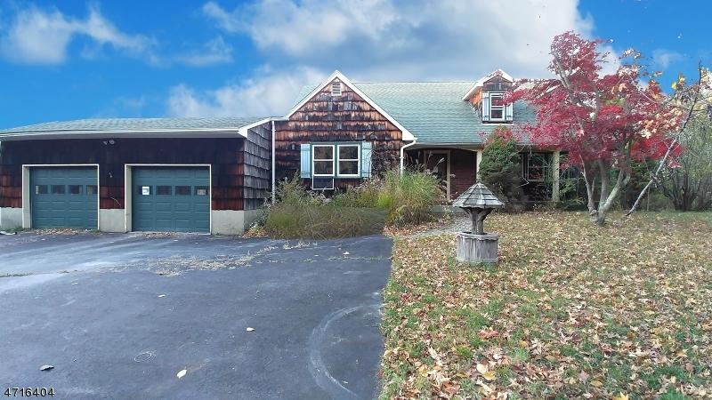 Einfamilienhaus für Verkauf beim 86 Greendale Road 86 Greendale Road Andover Township, New Jersey 07860 Vereinigte Staaten